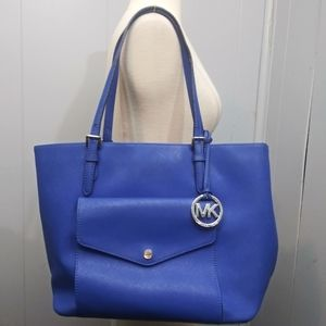 Michael Kors Jet Set Leather Pocket Tote Bag